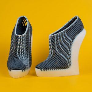 Woven female heeled Shoes